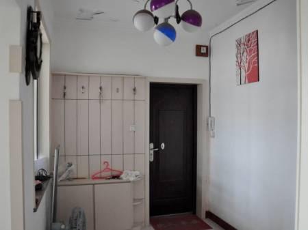 博山区新泰山30号楼2楼西边户出售